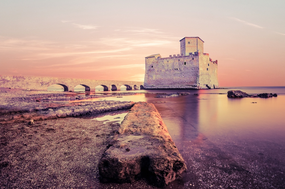 beach_Torre-Astura-5586f97302a4e.jpg